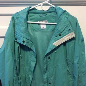 Columbia rain coat